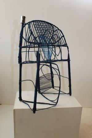Blå bevikling - ståltråd og garn